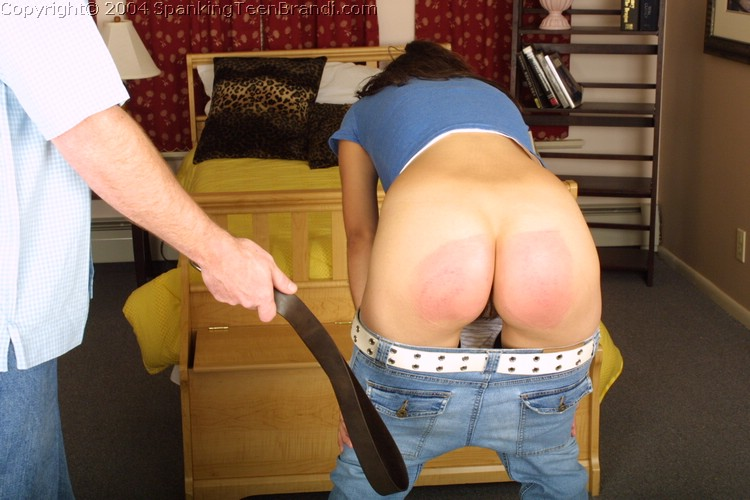 Spank belt ass