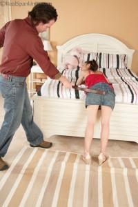 belt spanking dad