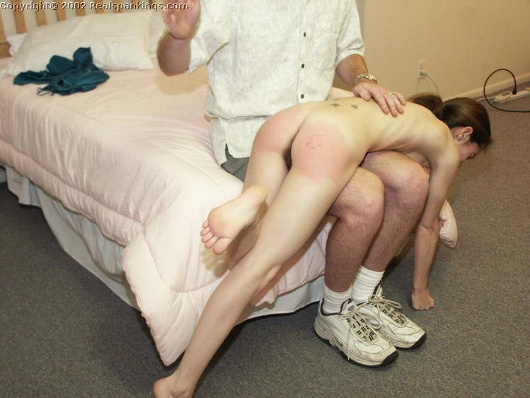 dad spank young girl