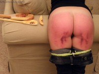 Some hard paddle swats amp an orgasm for my painslut wife - 3 9