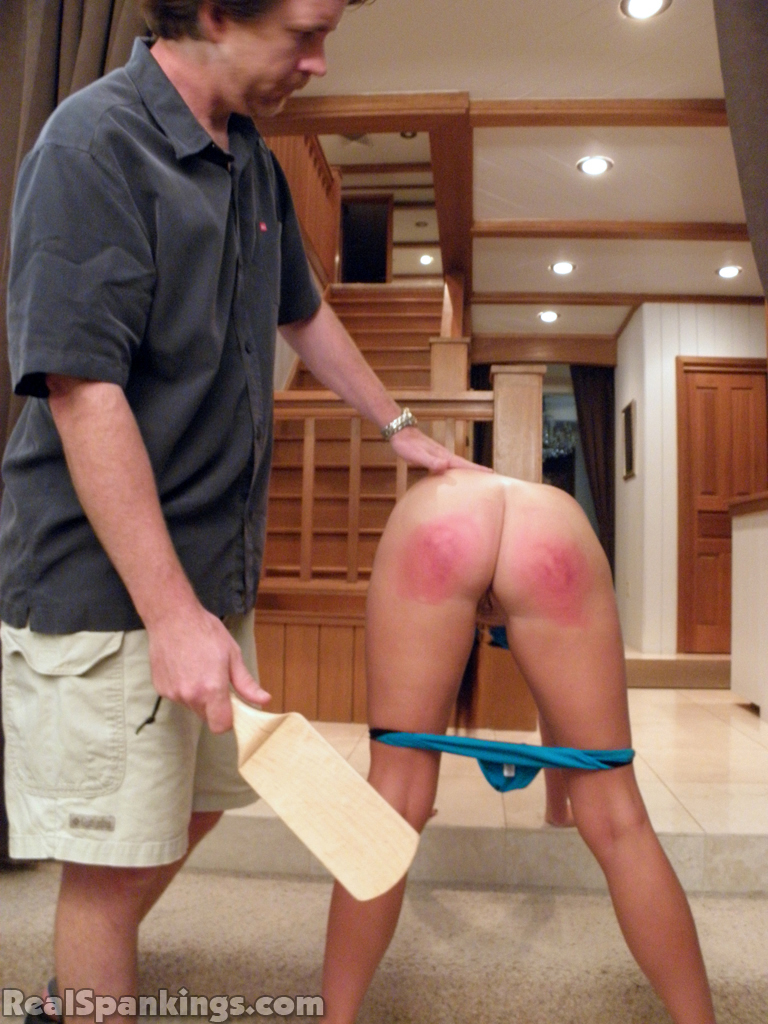 Not spandex girls wanting to be spanked on the bare ass girls and